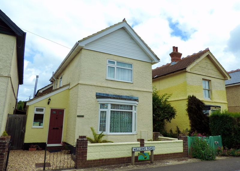 3 bed house for sale in Williams Road, Chichester - Property Image 1