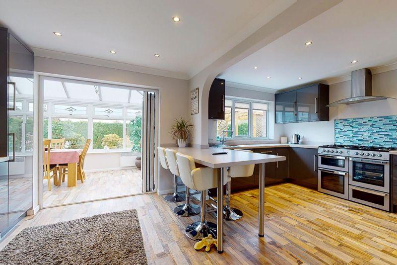 4 bed house for sale in Wordsworth Gardens, Bognor Regis - Property Image 1