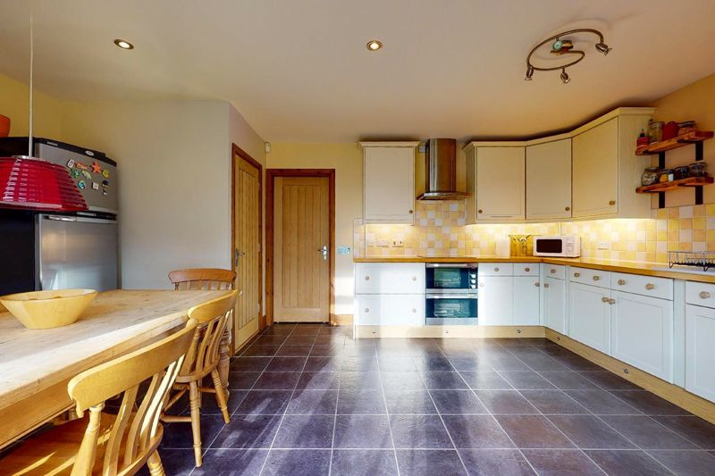 4 bed house for sale in Newells Lane, Chichester  - Property Image 14