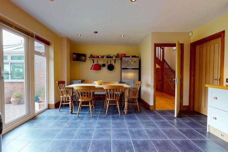 4 bed house for sale in Newells Lane, Chichester  - Property Image 15