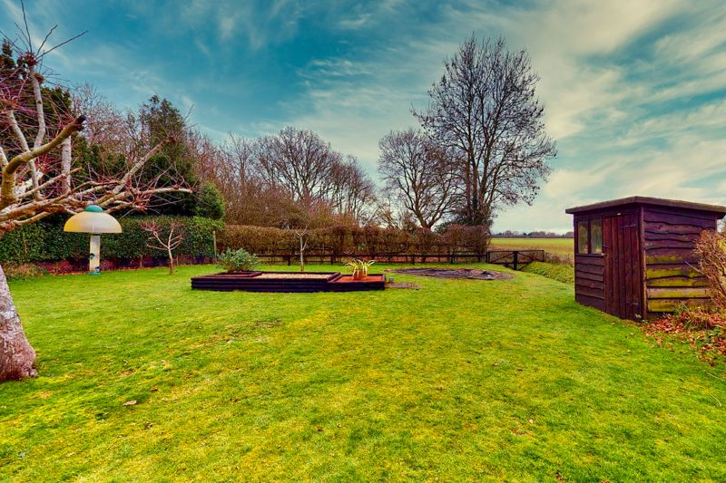4 bed house for sale in Newells Lane, Chichester  - Property Image 24