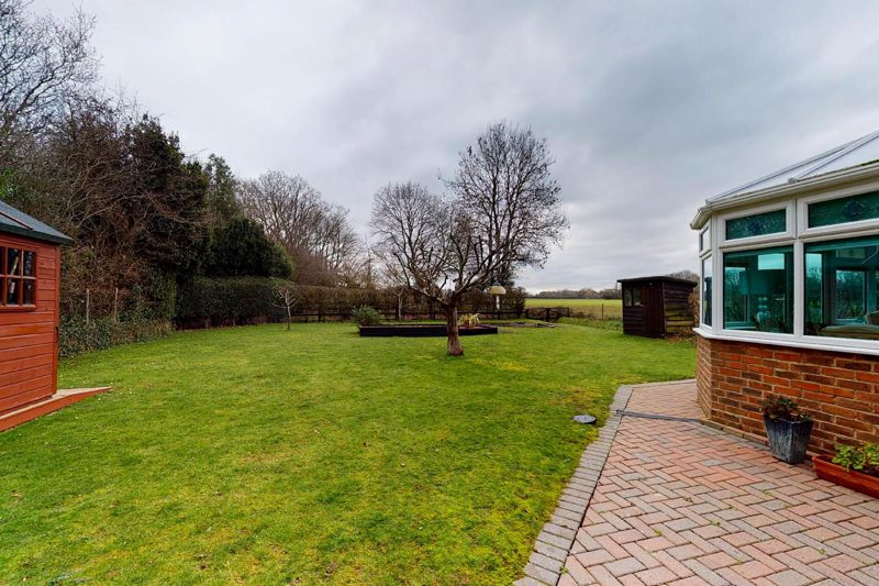 4 bed house for sale in Newells Lane, Chichester  - Property Image 19