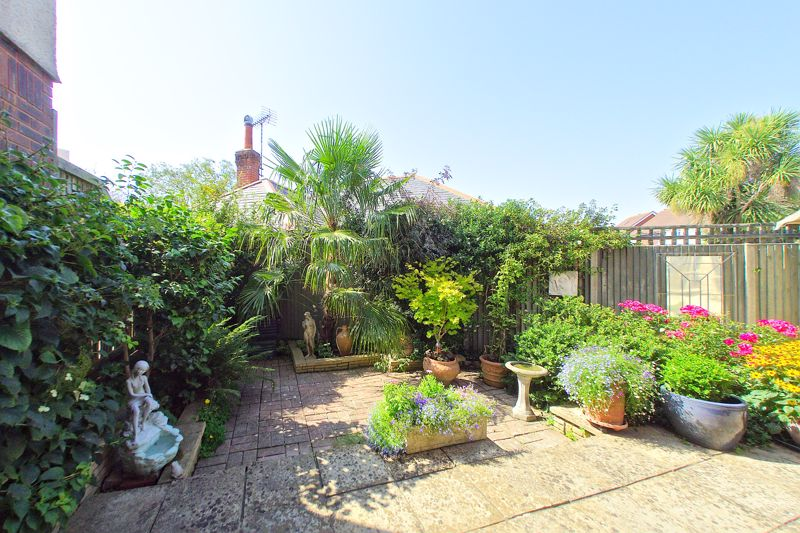 3 bed house for sale in Waterside Drive, Chichester  - Property Image 9