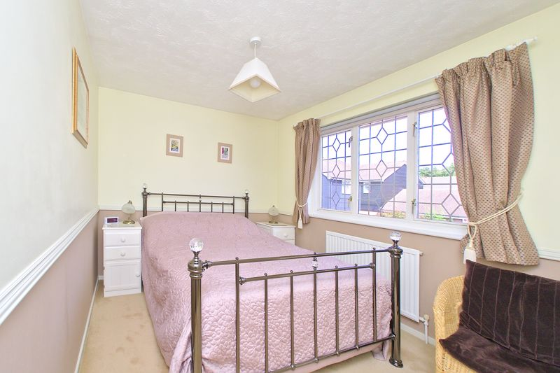 3 bed house for sale in Waterside Drive, Chichester  - Property Image 12