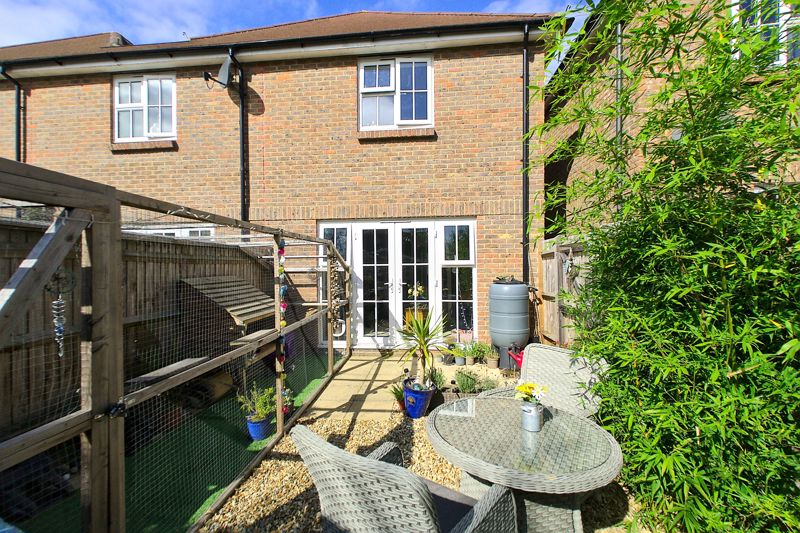 2 bed house for sale in Taylors Copse, Chichester  - Property Image 9