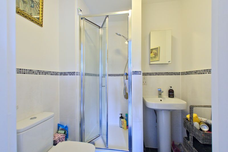 2 bed house for sale in Taylors Copse, Chichester  - Property Image 4