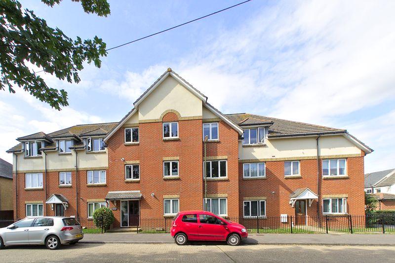1 bed flat for sale in Westloats Lane, Bognor Regis - Property Image 1