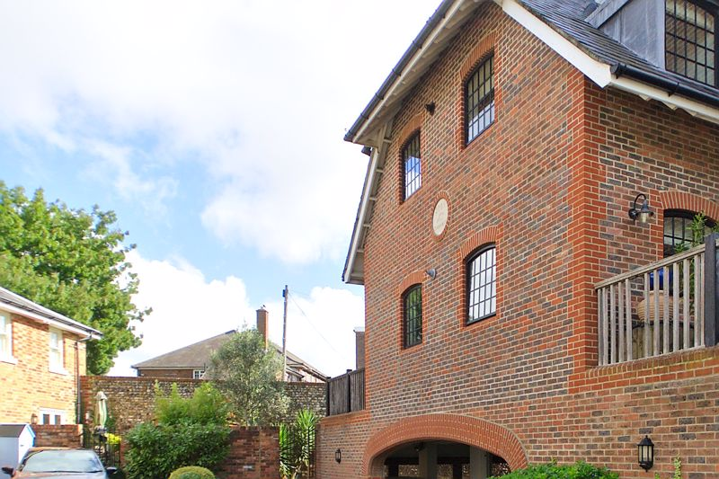 2 bed flat for sale in Canal Wharf, Chichester 14