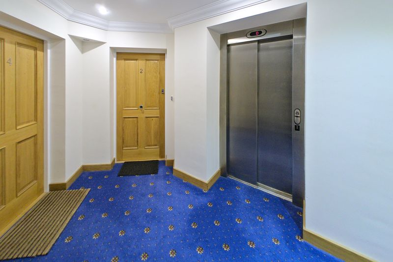 2 bed flat for sale in Canal Wharf, Chichester  - Property Image 13
