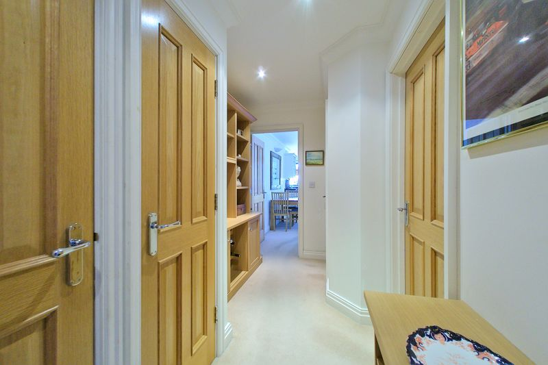 2 bed flat for sale in Canal Wharf, Chichester  - Property Image 5