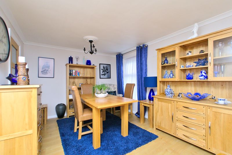 2 bed flat for sale in Uphill Way, Chichester 1