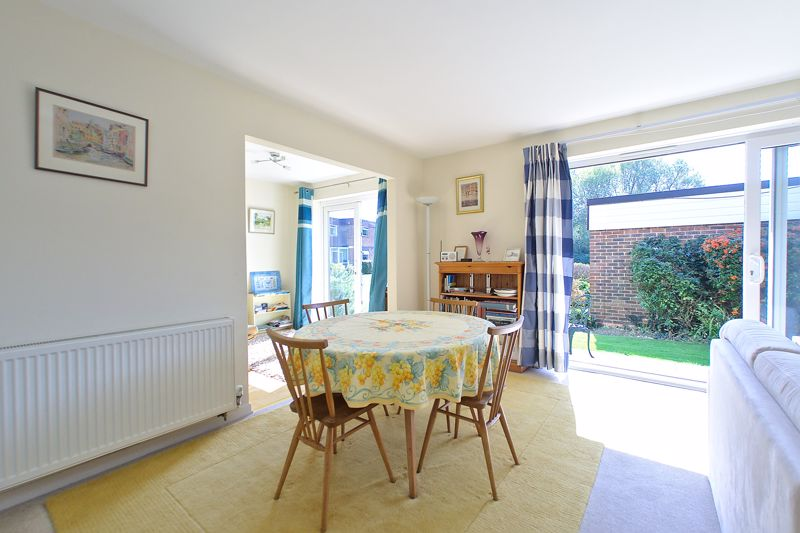 2 bed flat for sale in Mill Close, Chichester 6