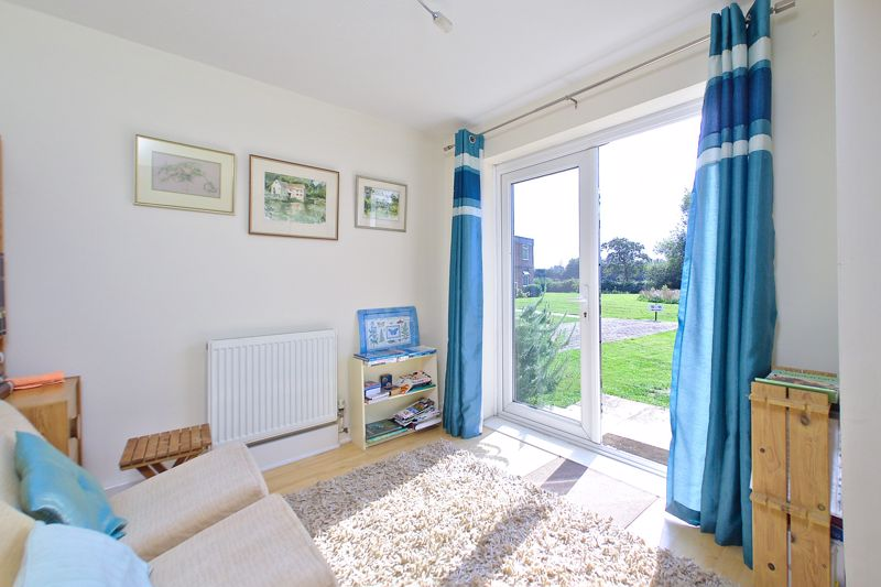 2 bed flat for sale in Mill Close, Chichester 5