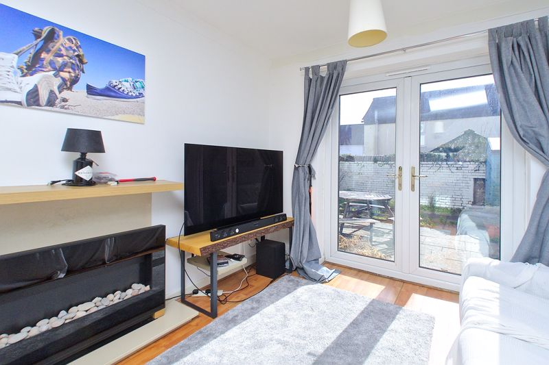 1 bed flat for sale in Joys Croft, Chichester 6