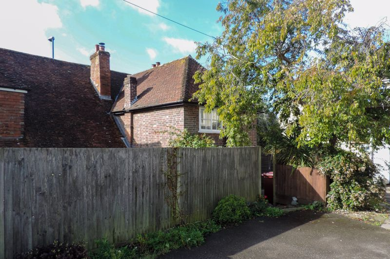 2 bed for sale in Main Road, Chichester 11