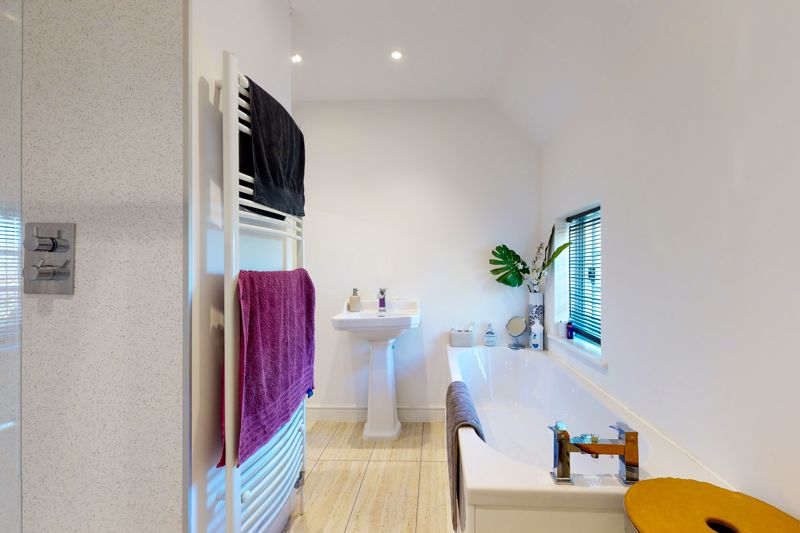 2 bed for sale in Main Road, Chichester 7