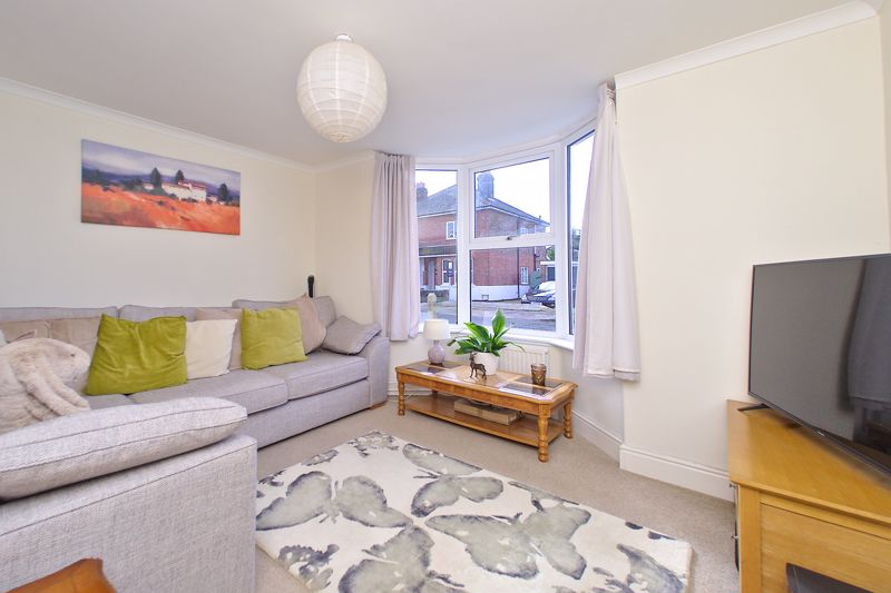 3 bed house for sale in Williams Road, Chichester 1