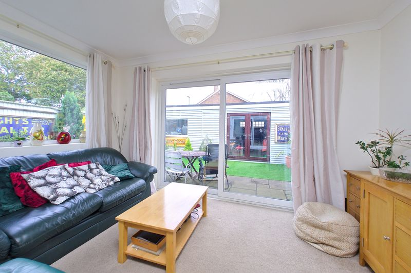 3 bed house for sale in Williams Road, Chichester  - Property Image 4