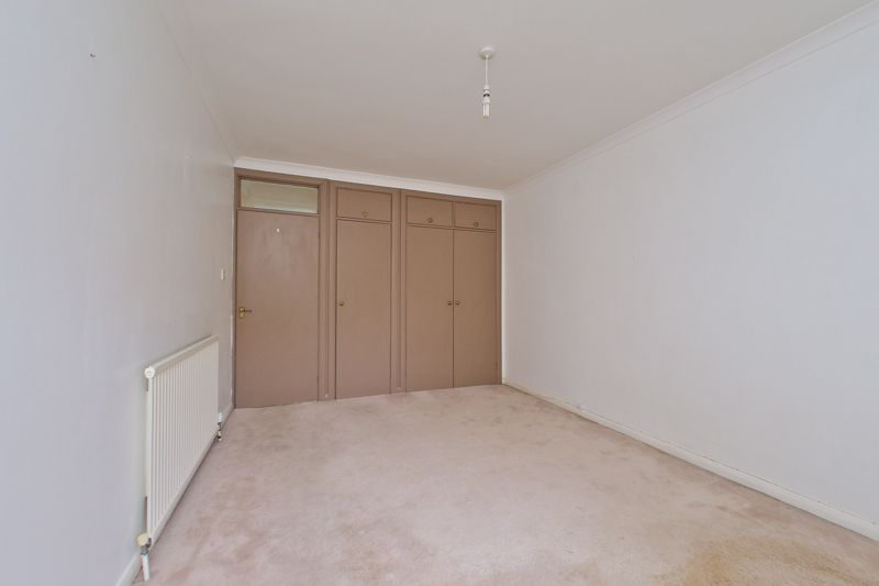 2 bed flat for sale in Broyle Close, Chichester  - Property Image 6