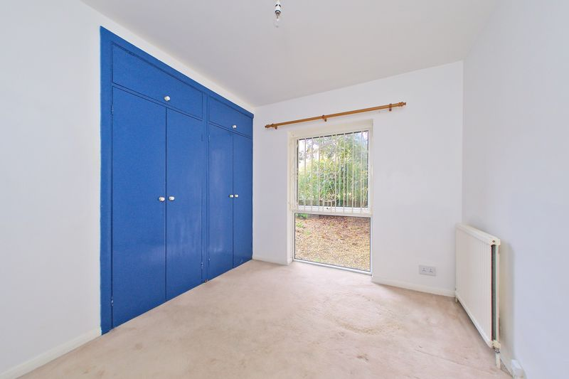 2 bed flat for sale in Broyle Close, Chichester 6
