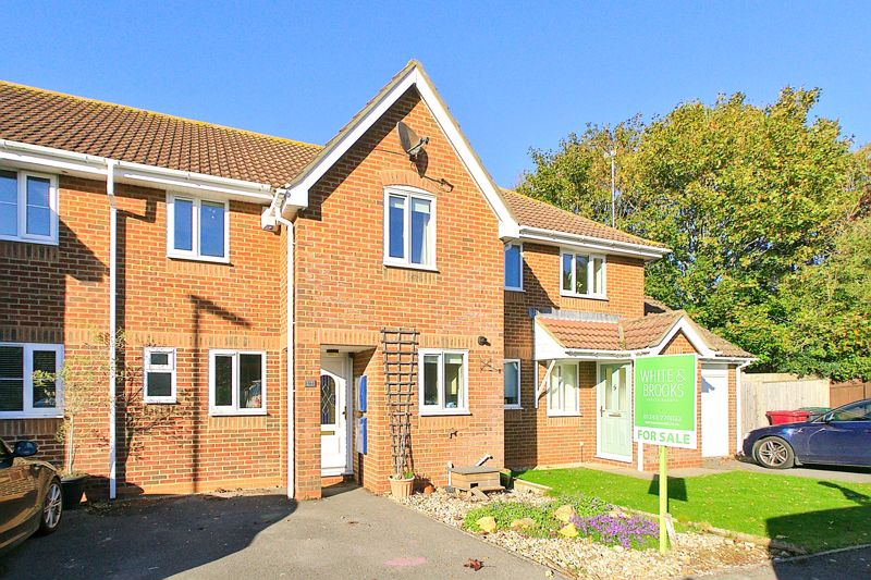 3 bed house for sale in Churchwood Drive, Chichester 0