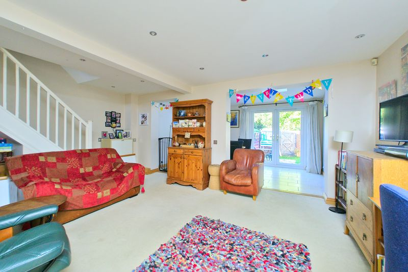 3 bed house for sale in Churchwood Drive, Chichester 1