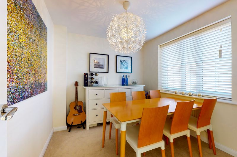 3 bed house for sale in Ferry Drive, Chichester  - Property Image 5