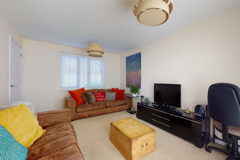 3 bed house for sale in Ferry Drive, Chichester  - Property Image 11