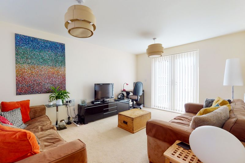 3 bed house for sale in Ferry Drive, Chichester 1
