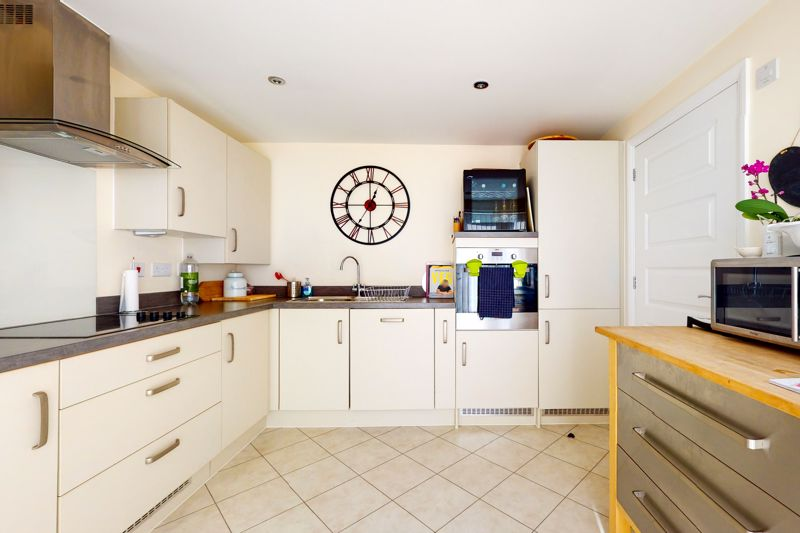 3 bed house for sale in Ferry Drive, Chichester  - Property Image 13