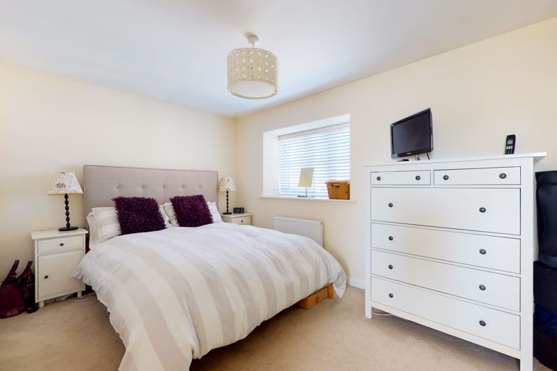 3 bed house for sale in Ferry Drive, Chichester 5