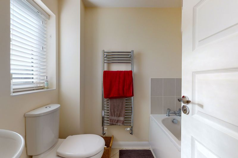 3 bed house for sale in Ferry Drive, Chichester  - Property Image 17