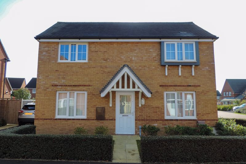 3 bed house for sale in Ferry Drive, Chichester - Property Image 1