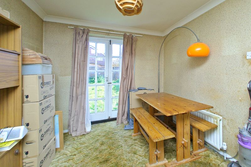3 bed house for sale in Downview Close, Arundel 3