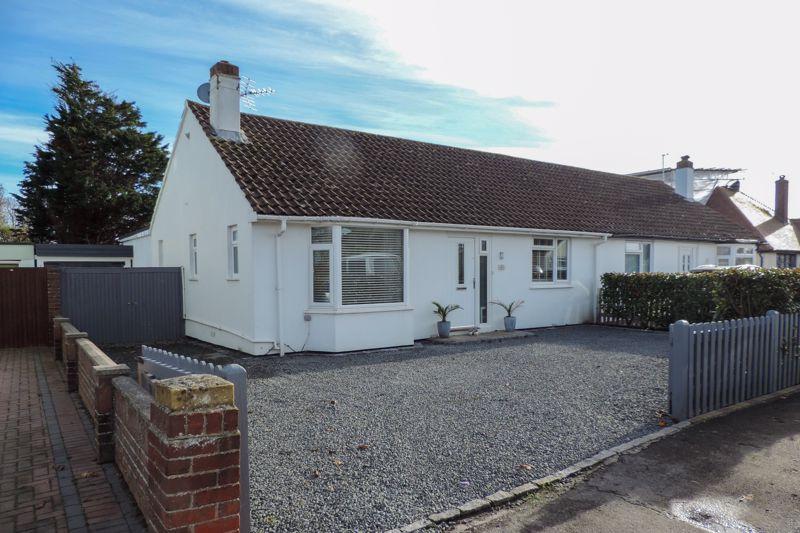 3 bed bungalow for sale in Cardinals Drive, Bognor Regis  - Property Image 1