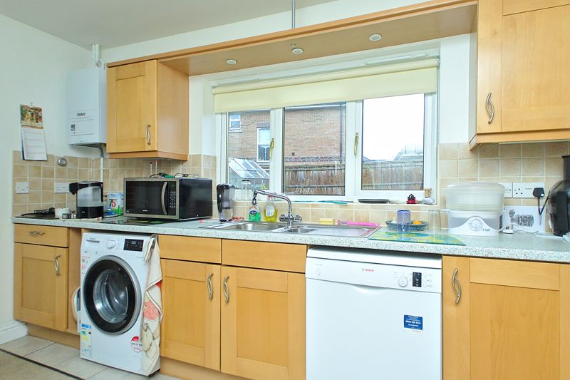 4 bed house for sale in Hunters Mews, Arundel 11