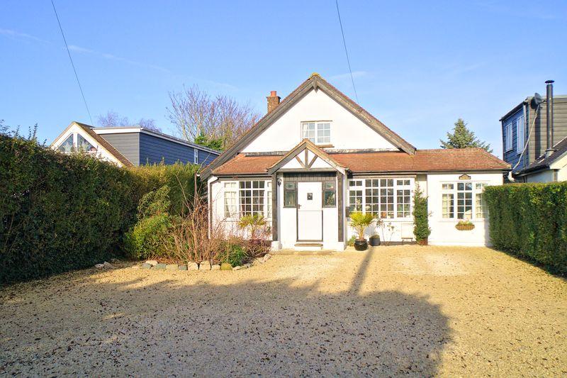 4 bed house for sale in Sefter Road, Bognor Regis - Property Image 1