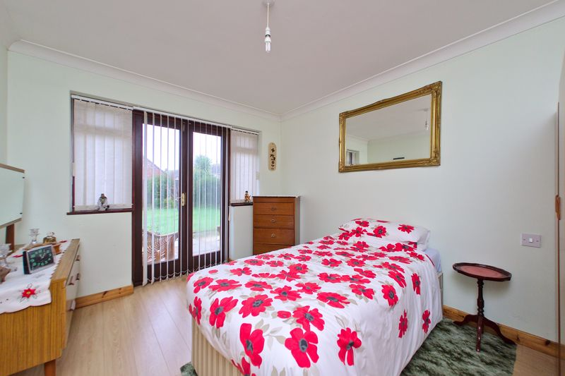 4 bed house for sale in Sherborne Road, Chichester  - Property Image 5