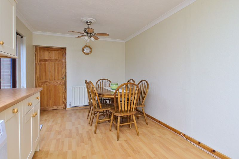 4 bed house for sale in Sherborne Road, Chichester 8