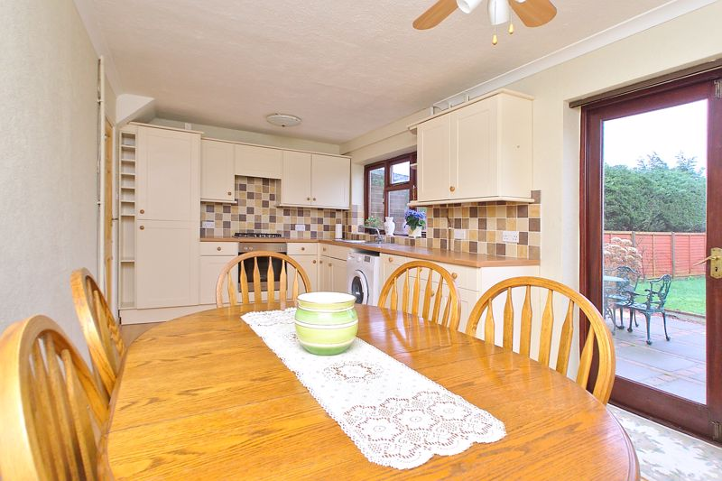 4 bed house for sale in Sherborne Road, Chichester  - Property Image 12