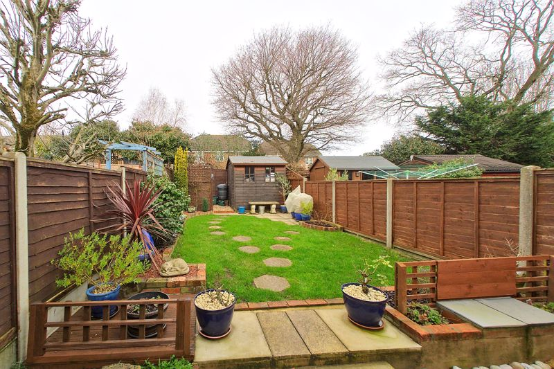 3 bed house for sale in The Pitcroft, Chichester 0