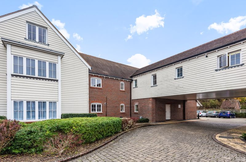 1 bed flat for sale in Lillywhite Road, Chichester  - Property Image 11