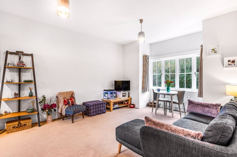 1 bed flat for sale in Lillywhite Road, Chichester 2
