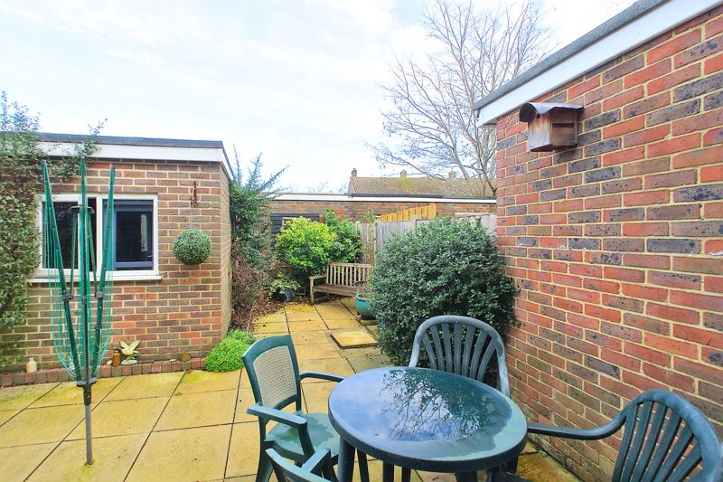 3 bed house for sale in Old Cottage Close, Chichester  - Property Image 10