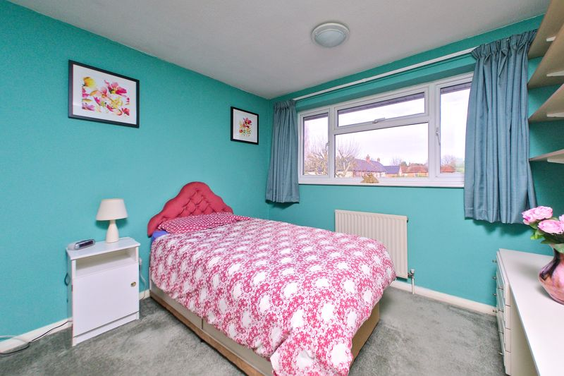 3 bed house for sale in Old Cottage Close, Chichester 5