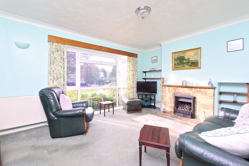 3 bed house for sale in Old Cottage Close, Chichester 1