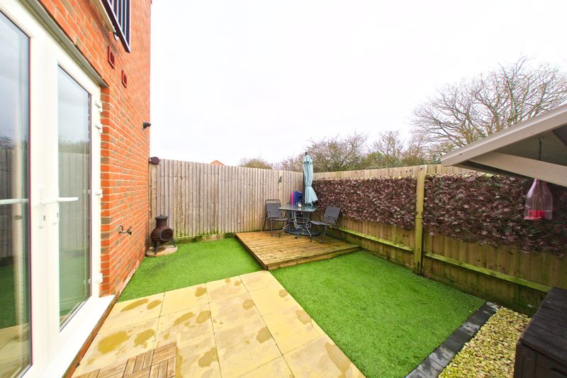 1 bed flat for sale in Kiln Mews, Chichester  - Property Image 1