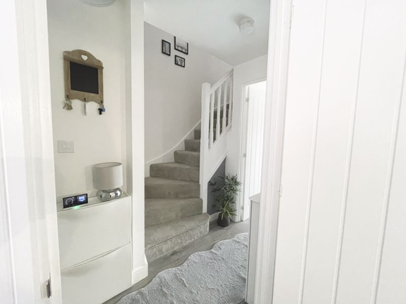 3 bed house for sale in Squires Grove, Chichester 11