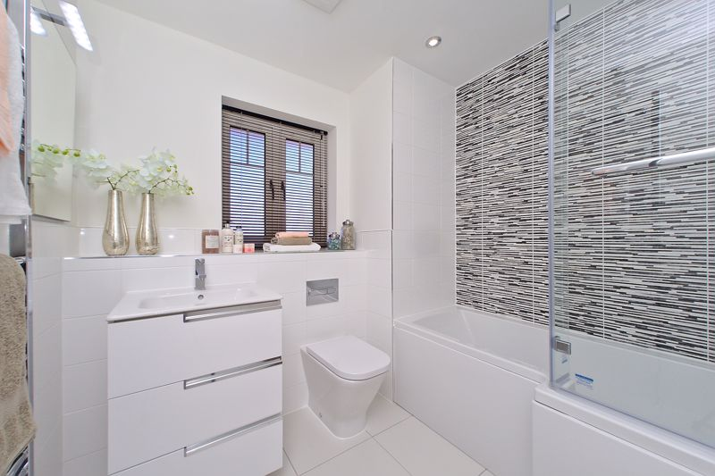 3 bed house for sale in The Potteries, Cinders Lane, Arundel  - Property Image 9