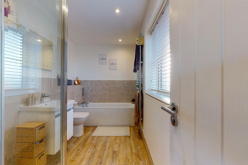 5 bed house for sale in Bankside, Chichester  - Property Image 15